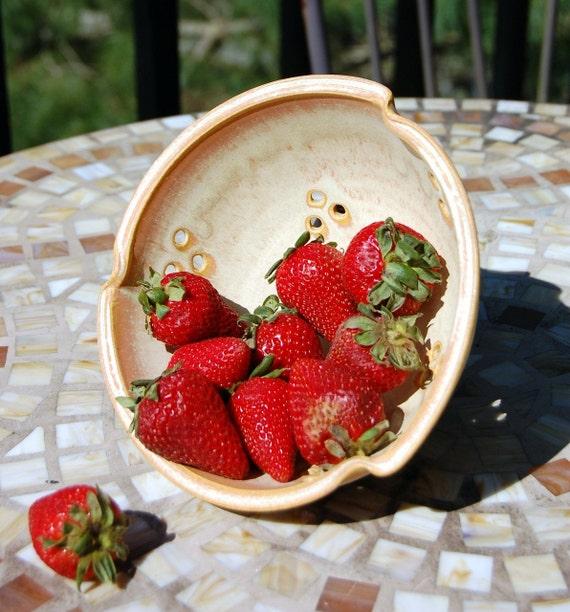 Berry Bowl Colander in Sunburst- Made to Order