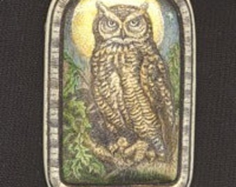 great horned owl bird scrimshaw technique resin pin brooch