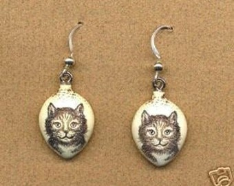 little kitten cat scrimshaw technique earrings moosup