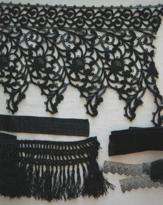 S-1144 Vintage Designers Lot of Lace and Fringe