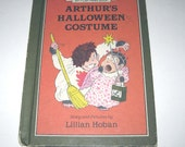 Arthur's Halloween Costume Vintage 1980s Children's Book by Lillian Hoban