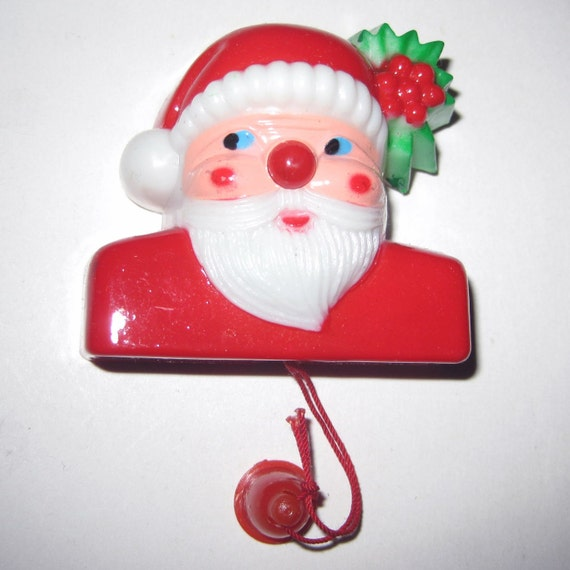 Vintage Santa Claus Light Up Novelty Pin