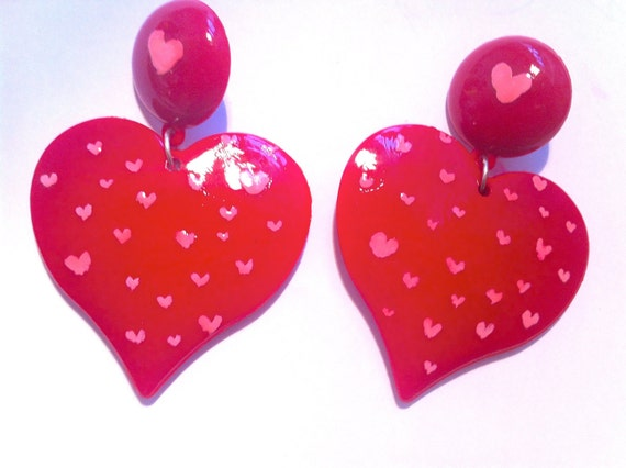 TINY HEART RED pink baby nyc retro chic amor enamorado  love crystal post usa oversized earring large big fashion wives enlarged size
