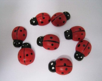 25 pcs of Red Ladybug Wooden Cabochon - 18mm