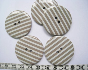 10pcs of 34mm Stripe Button - Taupe Gray