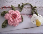 PDF Pattern Pacifier clip with flower