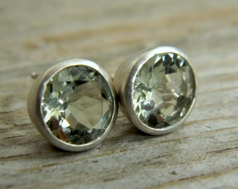 Mint Green Amethyst Prasioite 9mm Stud Earrings in Argentium