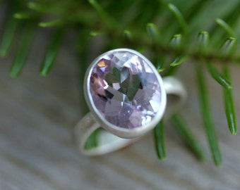 Rose Amethyst Ring, Pink Gemstone Solitaire,925 Silver Oval Shaped Ring,February Birthstone Ring,Large Gemstone Ring, Chunky Silver Ring