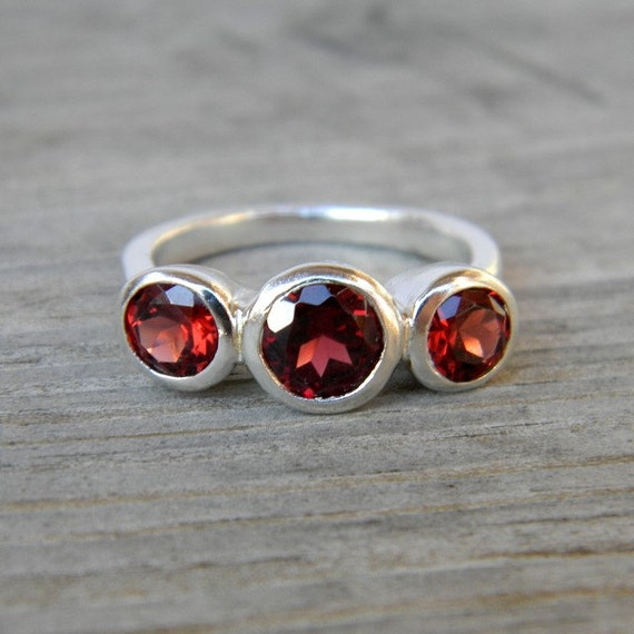 Crimson Red Garnet Three 3 Stone Ring, Size 6.5