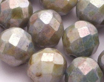 Czech Glass Beads Fire Polished 8mm Luster Opaque Green (25) CZF070