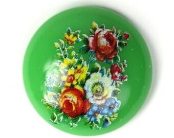 Vintage Plastic Floral Cameos 24mm Green (6) VIC232