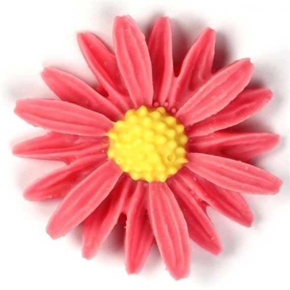 Vintage Style Daisy Cabochons Pink / Yellow 26mm (2) PC156