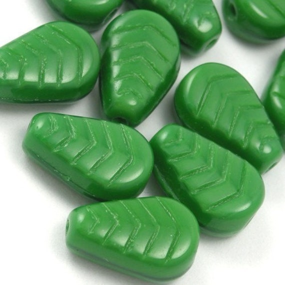 Czech Glass Beads Vintage Style Leaves 12x8mm Opaque Green (25) CZP261