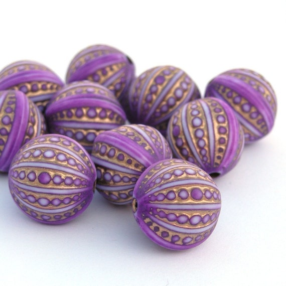 Lilac and Gold Engraved Beads 12mm (10) PB003