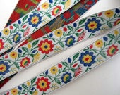 Bavarian SPRINGTIME FLORAL Jacquard trim. 3 yards. Red, blue, yellow, green, on white. 3/4 inch wide. 873-A
