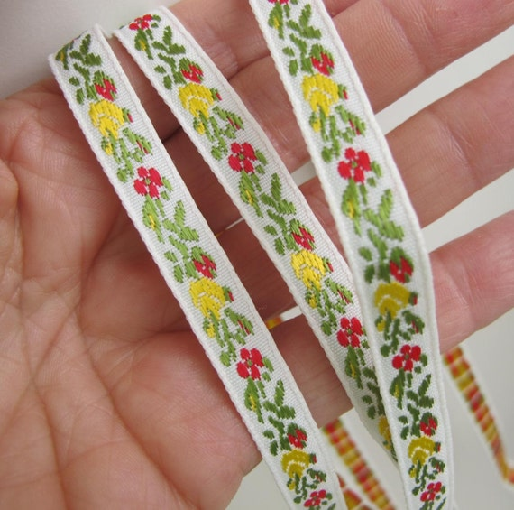 3 yards WEE ROSE GARLAND floral Jacquard trim. Yellow, red and sage green on white. 3/8 inch wide. 1001-t
