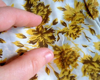 Vintage 1970's Yellow Floral Silk Like Fabric Yellow Floral Dress Fabric 70's Fabric Goldenrod Yellow Fabric Mid Century Fabric