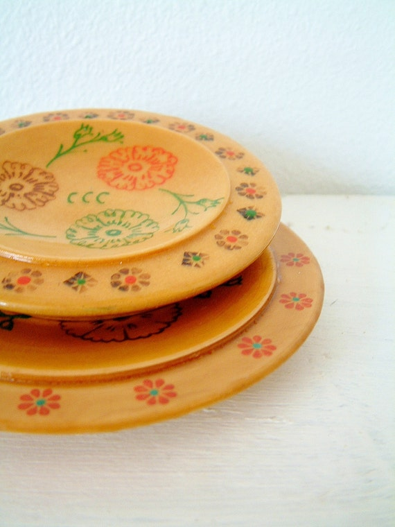 Russian Folk Art Retro Style Floral Eastern European Small Wooden Dishes Trinket Holder