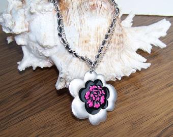 Flower Metal Pendant Necklace