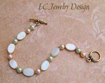 Peach  Seafoam Pearl Bracelet