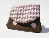 Three Pocket Coin Purse Pink and Brown Houndstooth SALE was 9.00