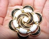 Vintage Black & White Brooch Pendant, Pin, Floral Burst, Flower Design, Geometric 25e, Mothers Day