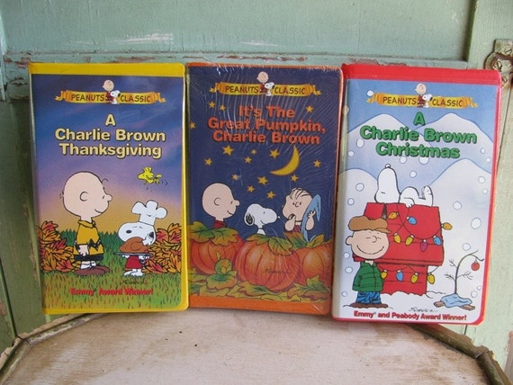 Vintage Peanuts VHS Classic Video Trio, Holiday Favorites,  It's The Great Pumpkin Charlie Brown, October, A Charlie Brown Thanksgiving 73a