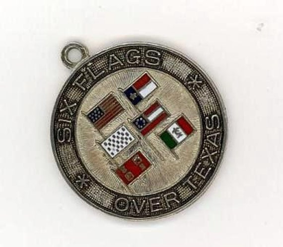 Six Flags over Texas Sterling Silver Charm 1960's vintage Charms vacation souvenir pure Texana retro 60's Jewelry nostalgic Texan 95G