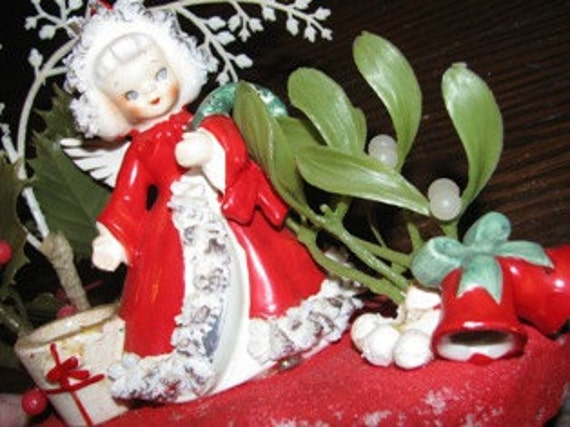 Christmas 1950's Angelic Blonde Girl, Angel Wing, retro 50's Figurine X-Mas Spirit Mistletoe Holiday decoration collectible Made in Japan,