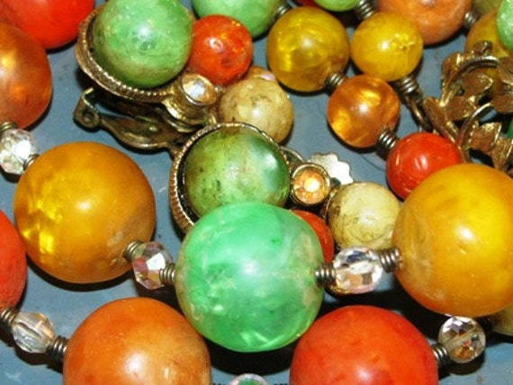 Jewelry Vintage 1960's Mod Necklace, Earrings, Orange, Pineapple Yellow & Honey Dew Green, retro 60's Hippie Love Beads classic Flower Child