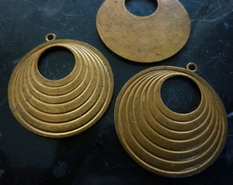 Vintage Pendants, 1950s Small Round Hoops, Deco Unplated Raw Die Cast Brass Drops, Earring Jewelry Findings, 26mm, 2pcs. (C18a)