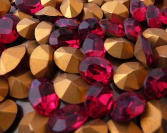 6 Gorgeous Deep RED Faceted Glass Stones C14