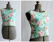 1950s Blouse / Vintage Blouse / Floral Crop Top