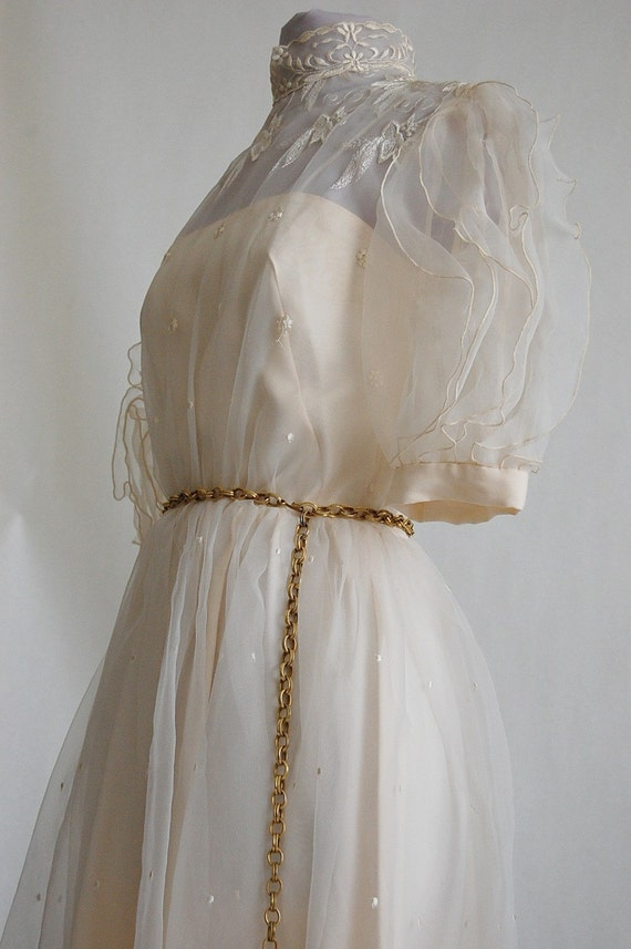 Vintage 1960s Mia Farrow WEDDING Dress
