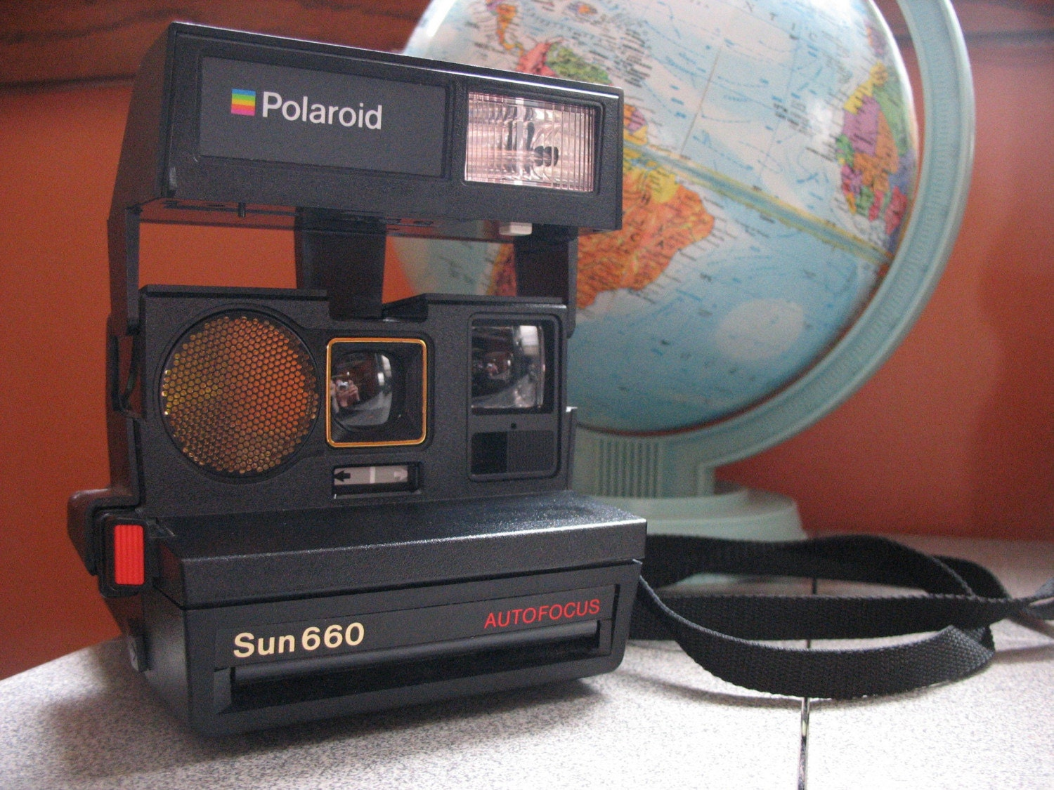 1980 39 s polaroid sun 660 autofocus land camera. Black Bedroom Furniture Sets. Home Design Ideas