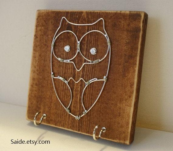 Wire Owl Key Chain Rack Holder English Chestnut Wood Wall Art