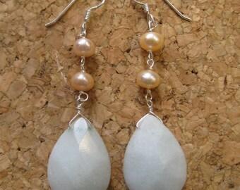 Insouciant Studios Classic Earrings Pearl and Snow Quartz