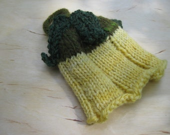 Woolpops Hand Knit Squash Blossom Preemie Baby Hat