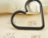 16 gauge Black Niobium Heart Piercing - Hypo Allergenic - Cartilage piercing