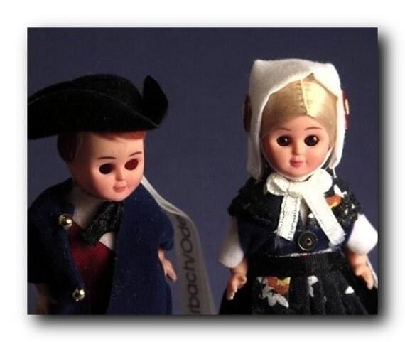German Dolls - 2 Inch Tall - DOTZ Kits - German Minis - p/n 207-2016