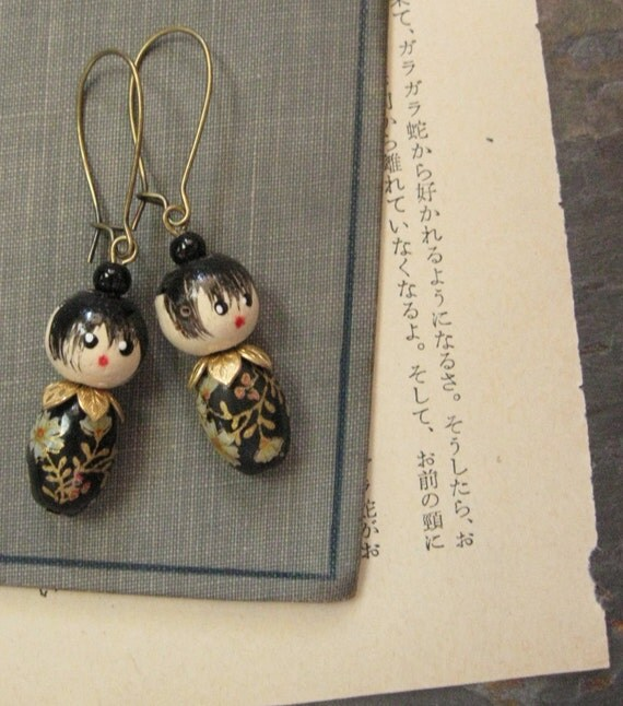 Little Kokeshi Doll Earrings Black