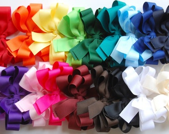 boutique set of 18 ALL YEAR double layered hair bow clips