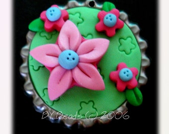 Star Flower Polymer Clay Bottle Cap Bead, Scrapbooking, Bow Center, Pendant, Cupcake topper, Magnet