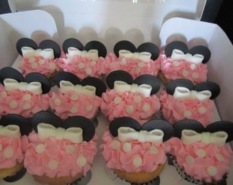 Minnie Mouse Inspired Fondant Cupcake Toppers