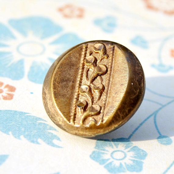 Floral Antique Button Victorian Brass Picture 1800s L650