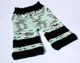 Oyster Rock - Hand Knit Organic Mernio Wool Shorts - Toddler