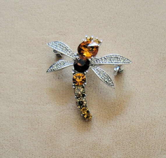 Vintage Brooch, small Dragon Fly with rhinestone body in amber colors