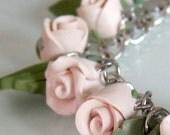 Rose Charm Bracelet, Creamy White Rose Bracelet, Handmade Polymer Clay Rose Bracelet, Pastel Jewelry, Shabby Chic Rose Bracelet, Flower Girl