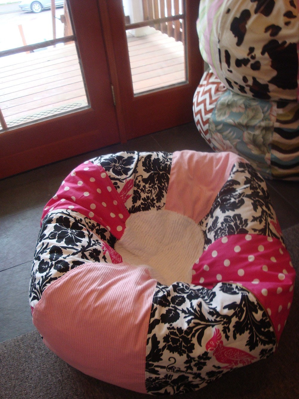 Light Pink And Black Bold Bean Bag Chair With Bird By Paniolo