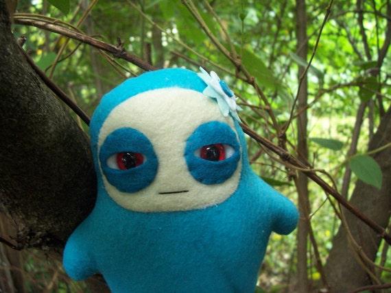 Mini Glum Ninja Bodyguard - Nishi the Songbird
